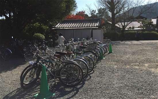 嵐山駐輪場